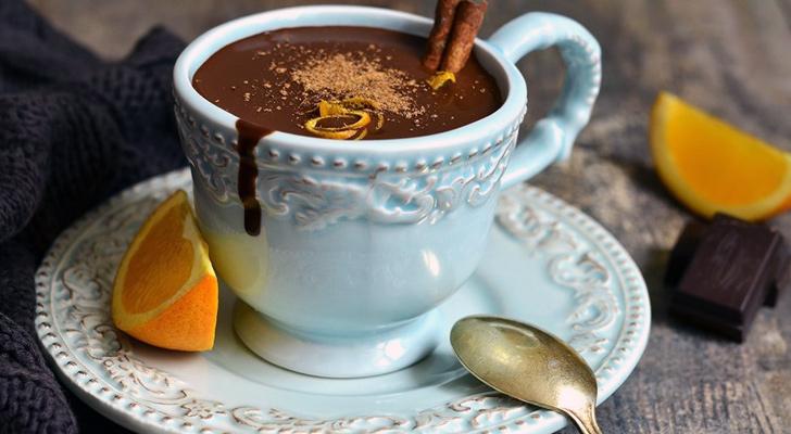 portakalli-sicak-cikolata-tarifi